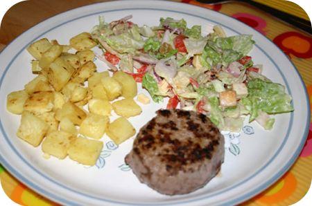 Duitse biefstuk met Boerensalade