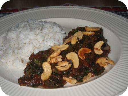 Rijst met Andijvie in Pindasaus