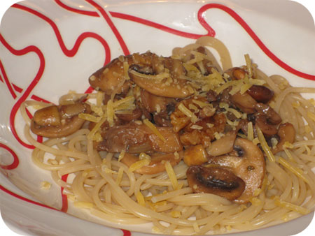Spaghetti met Paddenstoelen en Walnoten