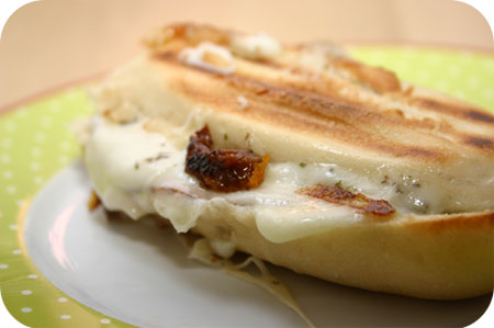 Panini Mozzarella, Zongedroogde Tomaat en Ham