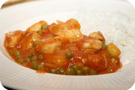 Kip Curry met Doperwten en Worteltjes