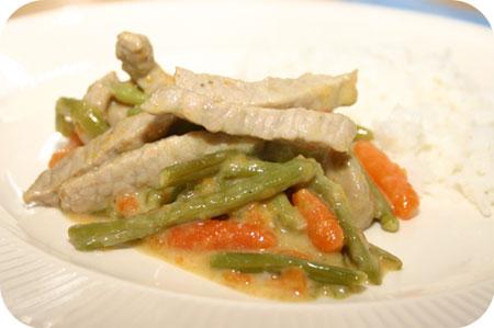 Curry met Worteltjes, Sperziebonen en Rijst