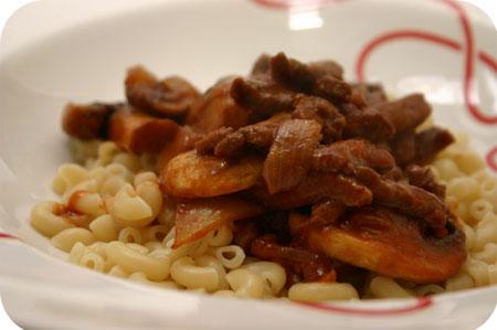 Macaroni met Rundvlees en Champignons
