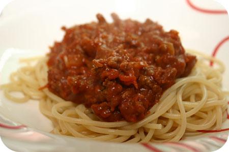 Spaghetti met Kruidnootjes-saus
