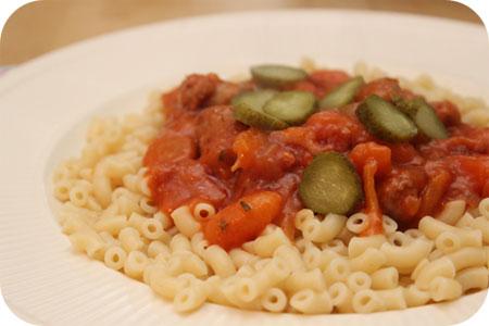 Macaroni met Gehaktballetjes en Tomatensaus