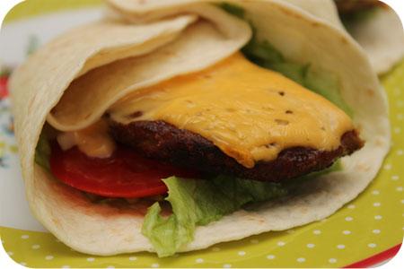 Tortilla Wraps met Cheese Hamburger