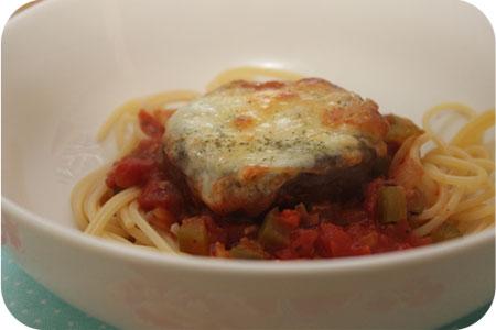 Portobello's in Tomaten-Paprikasaus