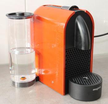 Nespresso U Machine oranje