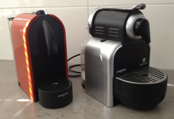 Nespresso U en Nespresso Essenza naast elkaar