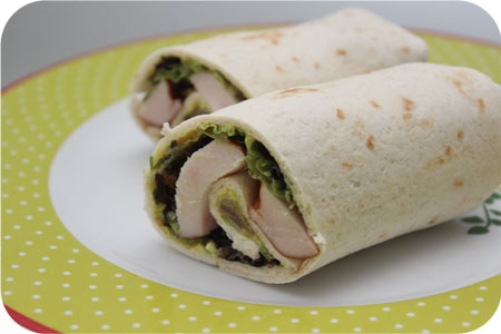Wraps voor de lunch: Wrap met Gerookte Kip en Kipkerriesalade