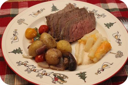 Sinter- Kerstdiner rosbief met wintergroenten en schorseneer met romige kaassaus albert heijn